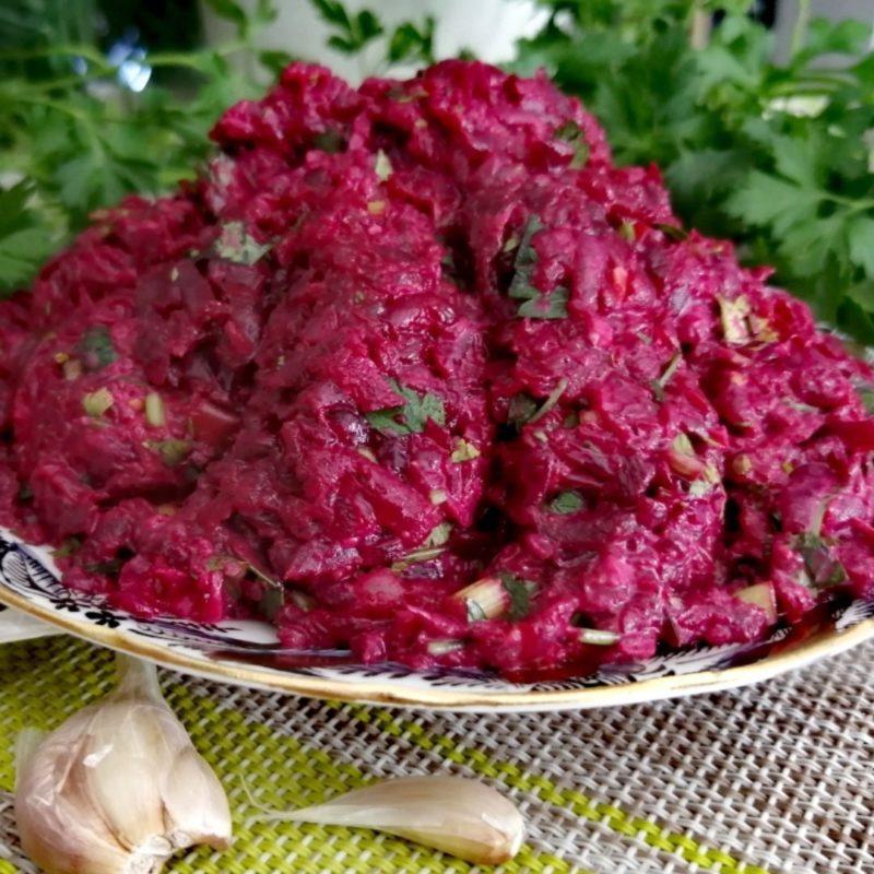 Зимние салаты из свеклы