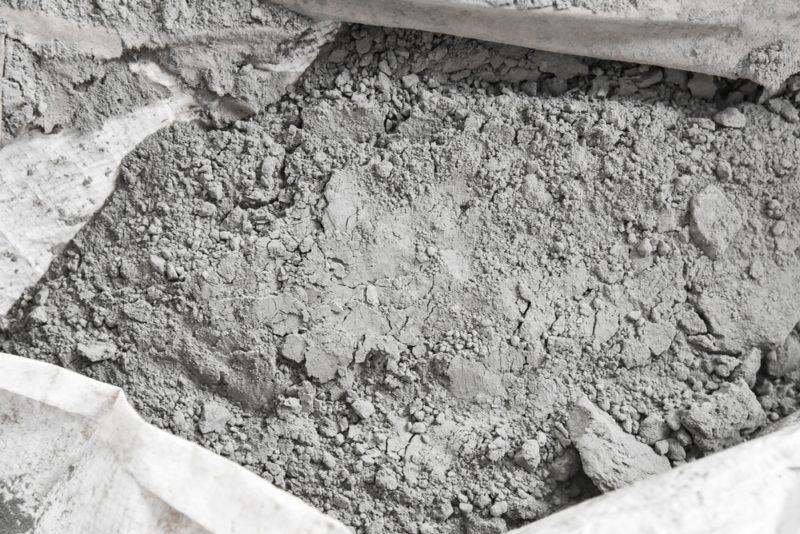 Где можно применить просроченный цемент